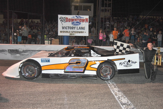 Rosenberry Wins Downtown Ford 100